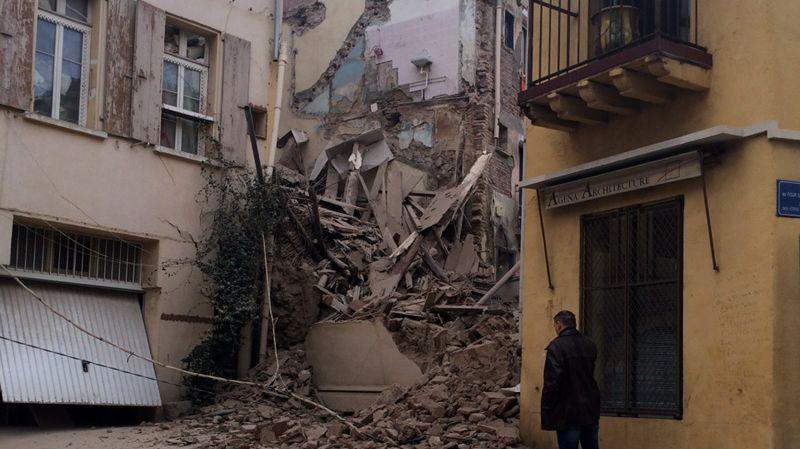 un immeuble inoccup s 39 effondre quartier saint jacques perpignan. Black Bedroom Furniture Sets. Home Design Ideas