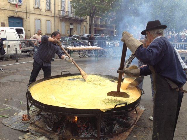 La cuisson de l'omelette à l'aillet - Radio France