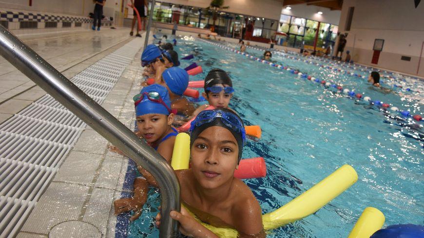 Les enfants des quartiers d favoris s comme des for Bois colombes piscine