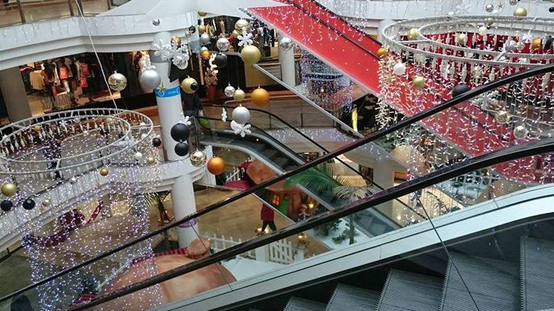 Halles de n mes l 39 avenir du centre commercial de la for France bleu orleans cuisine
