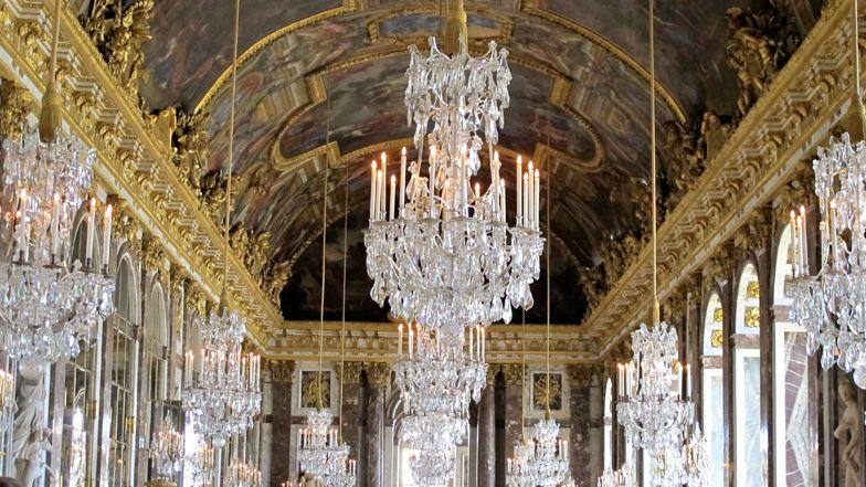 Les perches selfies interdites l int rieur du for Chateau de versailles interieur