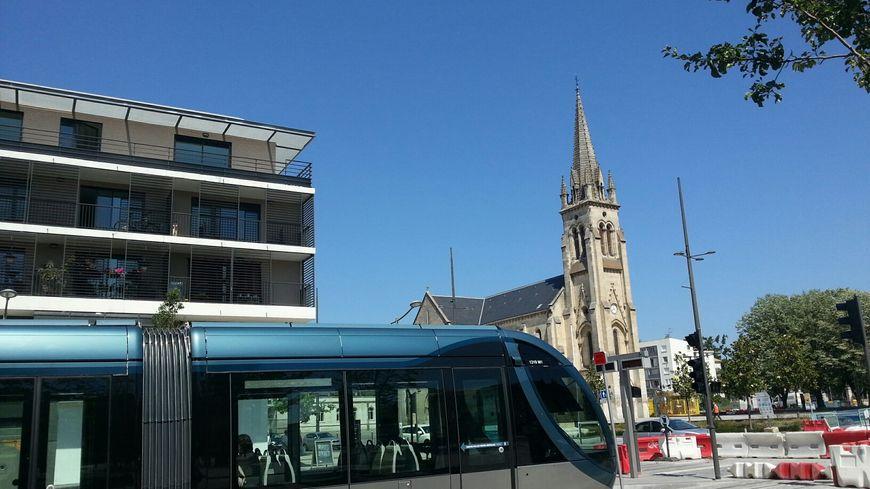 Un tramway pour desservir l 39 a roport de bordeaux m rignac la concertati - Lapeyre bordeaux merignac ...