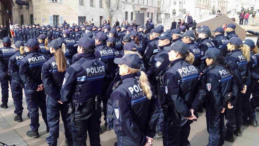 La police municipale de marseille va patrouiller de nuit - Grilles indiciaires police municipale ...
