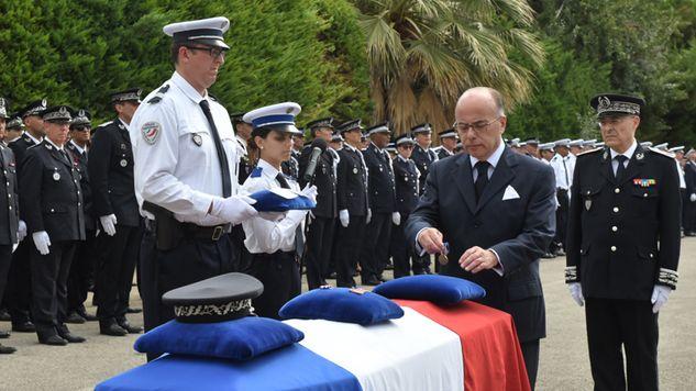Attentat de nice hommage au commissaire de police fauch - Grille de salaire commissaire de police ...