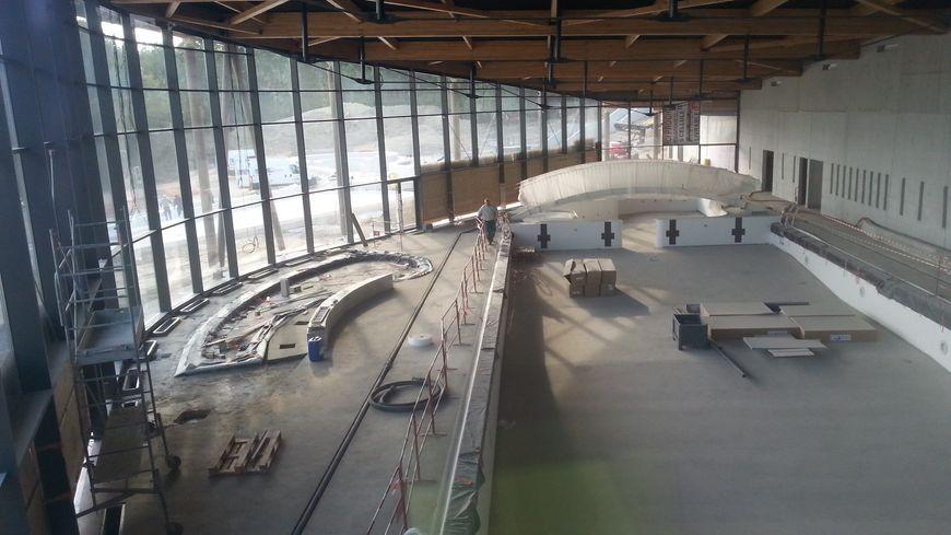 En images visite du chantier de la piscine du lac de - Piscine de saint avertin ...