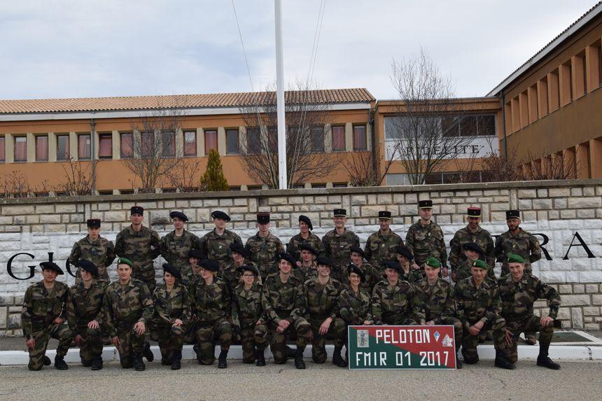 Les 19 nouveaux réservistes de la réserve opérationnelle de la 27e brigade d'infanterie de montagne (crédit : Armée française) - Aucun(e)