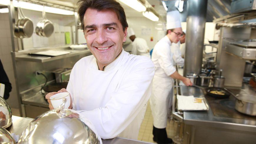 Guide michelin un seul nouveau restaurant trois toiles - Livre cuisine chef etoile ...