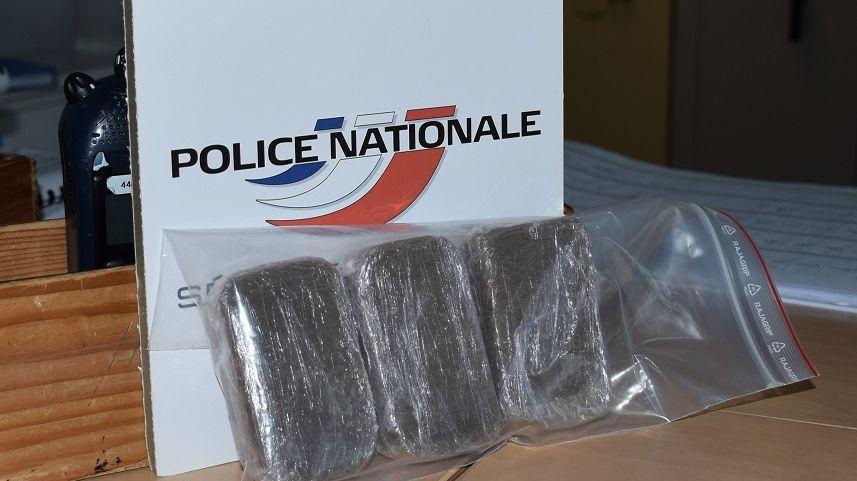 """Les trois """"savonnettes"""" de cannabis trouvées à la prison de Nantes"""