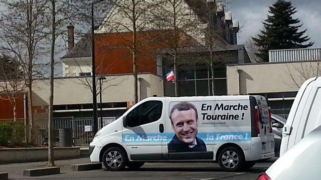 """Résultat de recherche d'images pour """"touraine Macron"""""""