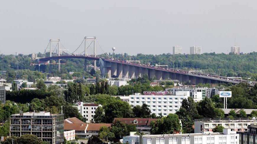 Bordeaux le pont d 39 aquitaine sera ferm la circulation ce week end - Les ponts de bordeaux ...