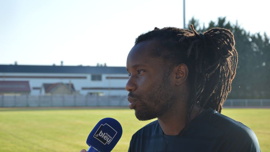 Pendant ses 17 saisons chez les professionnels, Peguy Luyindula a notamment joué au Paris Saint-Germain, Lyon et Marseille.