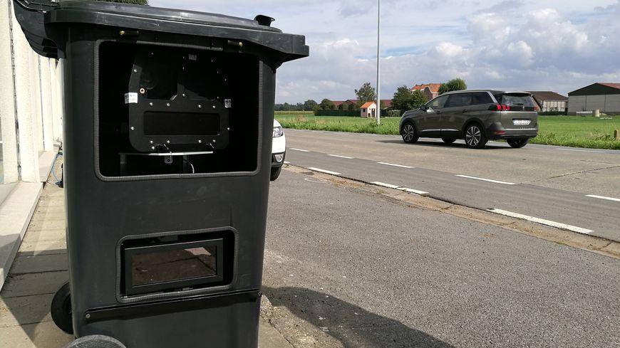 la police belge cache ses radars dans des poubelles. Black Bedroom Furniture Sets. Home Design Ideas