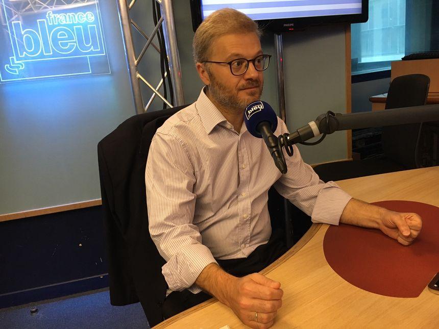 Maître Christophe Lèguevaques, avocat toulousain, propose aux malades sous Levothyrox de les accompagner en justice. - Radio France